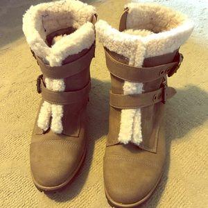 Anne Klein Sport winter booties size 9M
